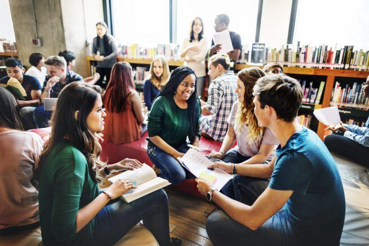 Studierende erstellen OER
